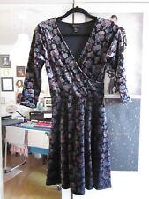 NEW LOOK Kleid Gr. 36 / 38 Samt Florales Muster Frühling / Sommer - 2x getragen!