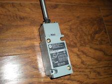 Allen Bradley 802T-WS1P Oiltight Limit Switch W/ Wobble Stick Series H