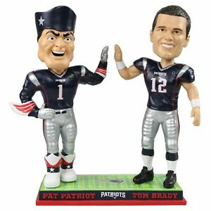 New England Patriots Pat Patriot Tom Brady Mascot High Five Bobblehead NFL