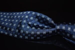 LNWOT Robert Talbott Best of Class Woven Navy Satin Stamp Floret Thick Silk Tie