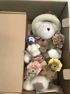 Boyds Bears Mrs. Potter and Her Lil Sprouts - T.J.'s Best Dressed Collection