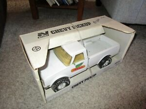 Nylint Dekalb Pfizer Genetics Farm Toy Vehicle Pick Up NIB Sealed Very Rare
