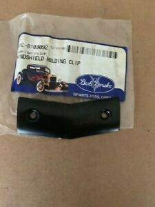 1940-1947 ford pickup windshield molding clip