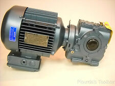New SEW-EURODRIVE 3-Phase Motor w/ GearBox, 1.5HP, 1740rpm, DFT90S4TH