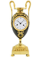 PENDULE VASE. Kaminuhr Empire clock bronze horloge antique uhren cartel