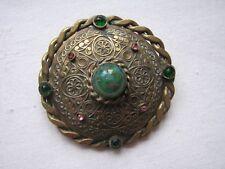 Fliagree Green Glass cabochon Aventurin Vintage Deco Shield Brooch Pin