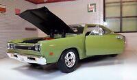 G LGB 1:24 Scale Green Dodge Coronet Superbee 1969 Motormax Diecast Model Car