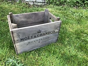 Moet Chandon Champagne Distressed Wooden Box Crate Vintage Style 34cm