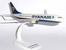 Boeing 737-800 Ryanair Ireland Collectors Snap Fit  Model Scale 1:200 EI-ENX   G