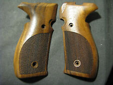 Pistol Grips for SIG MOSQUITO/GSG FIREFLY English Walnut Checkered BEAUTIFUL!