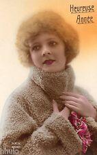 BE186 Carte Photo vintage card RPPC Femme woman colored colorié Fourrure Bonnet