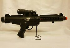 RARE STAR WARS STORM TROOPER E-11 BLASTER BLACK RED LED LIGHT AND SOUND EFFECTS