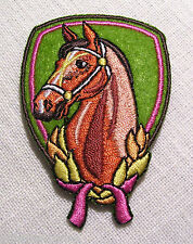 ÉCUSSON PATCH BRODÉ thermocollant - INSIGNE CHEVAL - 7 X 4,5 cm
