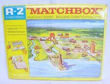 Matchbox 1:64 ROADWAY SERIES INDUSTRIAL HARBOUR DOCK Carton Playground MISB`60!