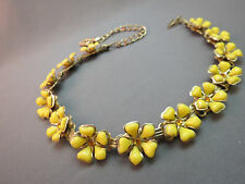 VTG Flower Necklace Plastic Petals Gold Plated Links Rhinestone Centers Yellow