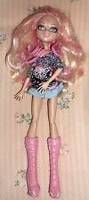 Monster High Doll  VIPERINE   GREAT CLOTHES  & Shoes