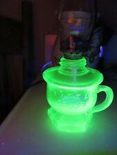 VINTAGE MINIATURE FINGER OIL LAMP GREEN URANIUM GLASS LITTLE JEWEL ACORN BURNER