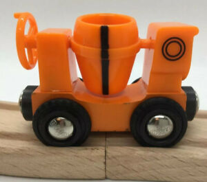 BRIO Wooden Railway Dizzy Cement Mixer Bob the Builder Train Set Toy. Ok Thomas