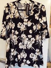 efe542d435c6 Kim   Co Brushed Venechia 3 4 Sleeve Printed V Neck Tunic navy floral s