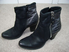 Moda In Pelle black leather silver snakeskin ankle boot size 39 5.5 nearly new