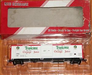 RED CABOOSE RR-34815-02 R-70-15 TROPICANA WHITE W/ RED ENDS & LETTER BOARDS 1985