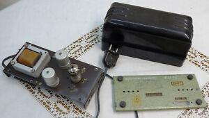 Röhren Antennenverstärker UKW + TV Band 1 DDR RFT ca. 1960 Bakelitgehäuse