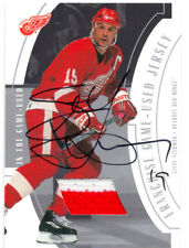 STEVE YZERMAN 2002/03 BE A PLAYER BAP ITG IN THE GAME USED JERSEY AUTOGRAPH /10