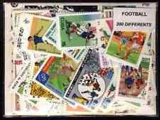 Football 200 timbres différents oblitérés