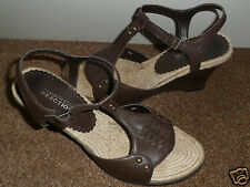 KENNETH COLE REACTION BROWN LEATHER STRAPPY  SANDAL WEDGE HEEL UK 7.5 / US 9 M