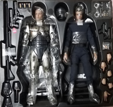 Hot Toys Robocop Battle Damaged & Alex Murphy (MIB)