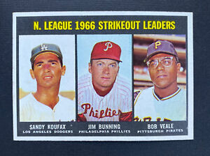 1967 Topps Set Break #238 NL Strikeout Leaders SANDY KOUFAX - EX+ to NM