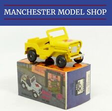 Maxwell 550 Mahindra Jeep yellow with flower BOXED ORIGINAL SCARCE