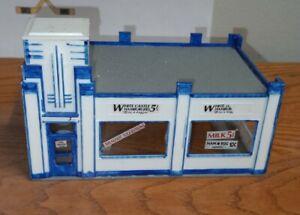 MODEL RAILROAD BUILDING (WHITE CASTLE RESTAURANT) HO SCALE
