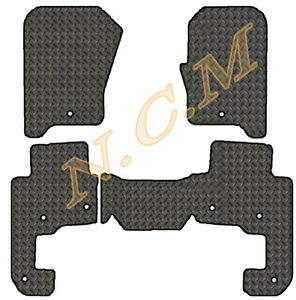 LANDROVER DISCOVERY 4  2013-2017 RUBBER MAT FULLY TAILORD (3MM & 5MM) 8 CLIPS