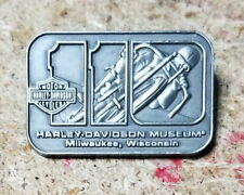 HARLEY DAVIDSON 110TH ANNIVERSARY MUSEUM VEST  PIN ** NEW ON CARD **