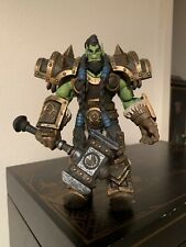 NECA Heroes of the Storm Warcraft Thrall Action Figure Holding Doomhammer