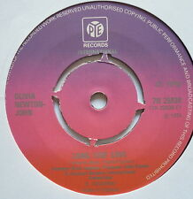 "OLIVIA NEWTON-JOHN - Long Live Love - Excellent Condition 7"" Single Pye 7N 25638"