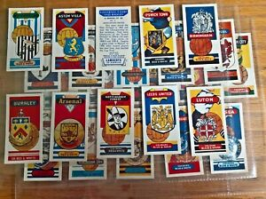 Lamberts tea trade cards: Football Clubs and Badges complete full set in sleeves