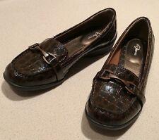 I Heart Comfort Alligator Print Horse Bit Penny Loafers Slip ON Womens size 8.5