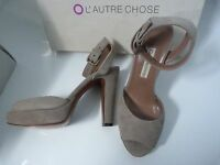 NEW L'AUTRE CHOSE SUEDE ANKLE STRAP HEELED SHOES .. UK 2  EU 35