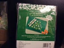 ST PATRICKS DAY PARTY BEER PONG GAME SET IRISH DRINKING GAME 4 GAME BALLS 2 MATS