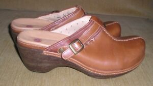 "CLARKS Unstructured MULES ""Unevident"" BUTTERY Soft Nubbuck Leather Chestnut 8.5"