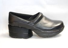 Z-Coil Toffler Clog FW-K4402 Women's size 6, Black Leather with enclosed coils