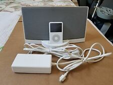 Bose SoundDock Portable Digital Music System W/ Apple iPod 30G 5Th Gen