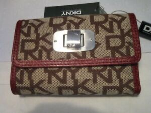 BNWT DKNY Town & Country Chino Red UK Logo purse / wallet