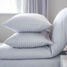 GRANDE JUMBO rimettersi Qualità Hotel coppia di cuscini grandi SOFFICI ditta imbottito 2 Pack