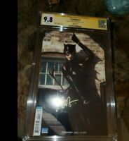 CATWOMAN #1 CGC 9.8 ** SIGNED ARTGERM LAU ** 2018 * BATMAN NEMESIS ** BEAUTY !!
