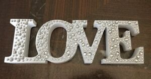 ❤️ WHITE SILVER LARGE DIAMANTE LOVE SIGN ORNAMENT WOODEN PLAQUE GIFT VALENTINES