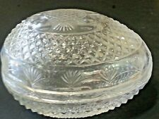 Beautiful Collectible 1977 Avon Mother's Day glass egg trinket holder