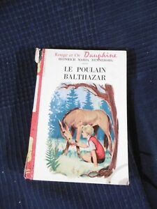 Book Bookshelf Red And Gold Dauphine The Foal Balthazar Hachette